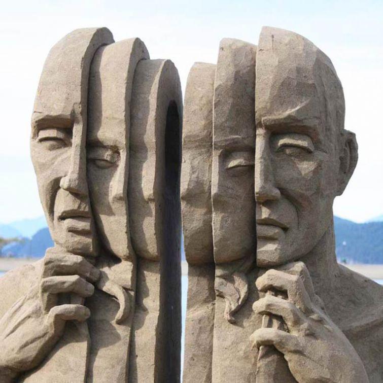 Потрясающие скульптуры из песка
