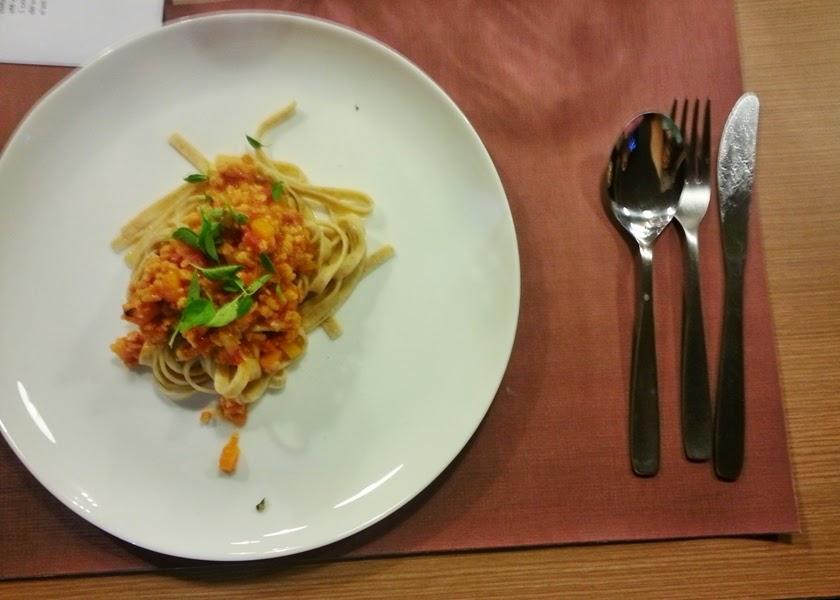 cozinha sem carne macarrão