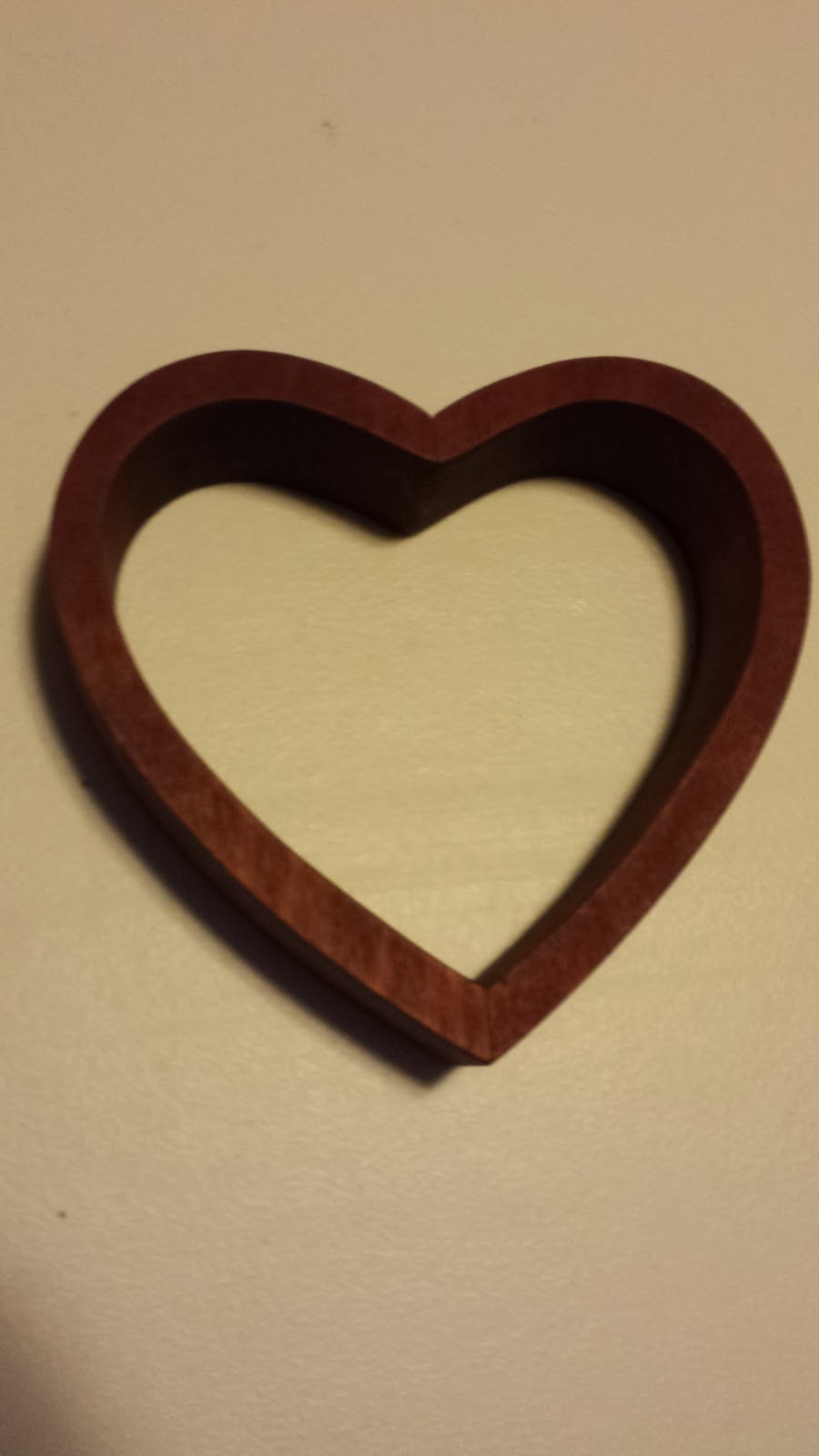 Cachey Mama\'s World of Learning: Upcycled Wooden Heart Wall Decoration