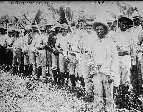 Soldados nativos cubanos en 1910