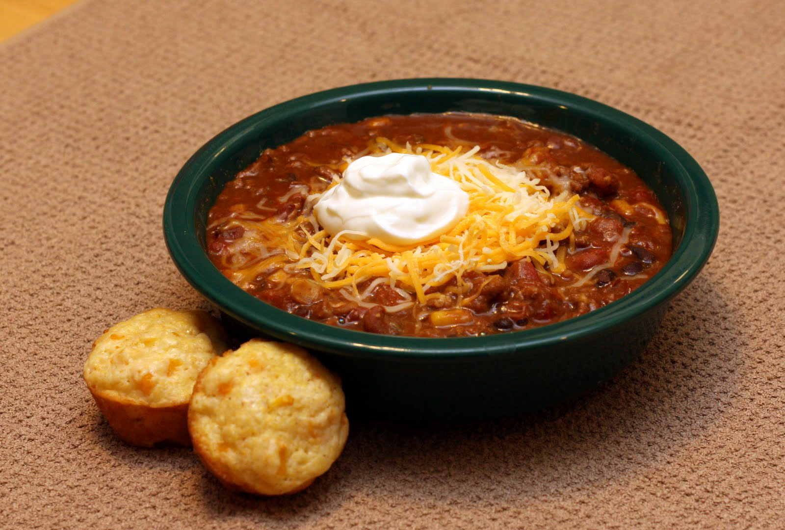 this chili reminds me of the chili that i used to get in the lodge ...