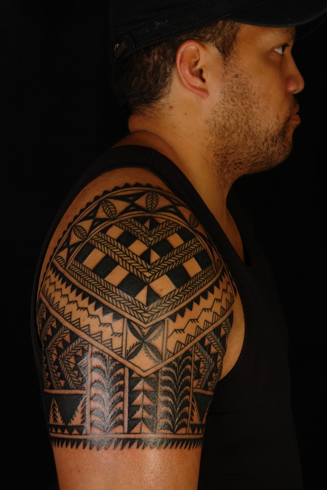 Maori polynesian tattoo niuean shoulder tattoo on marlon - Tatouage tribal signification ...