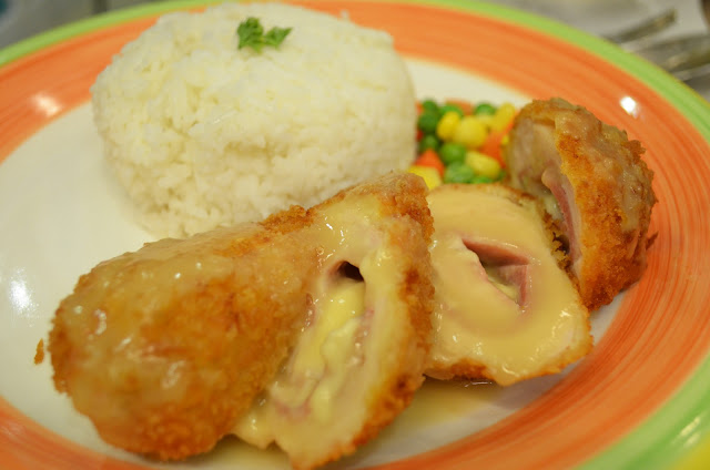 Teacup Café:Chicken Cordon Bleu