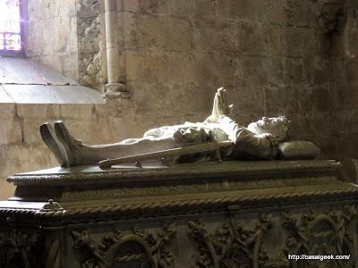Mosteiro dos Jerónimos - Igreja de Santa Maria de Belém - Túmulo de Luís de Camões