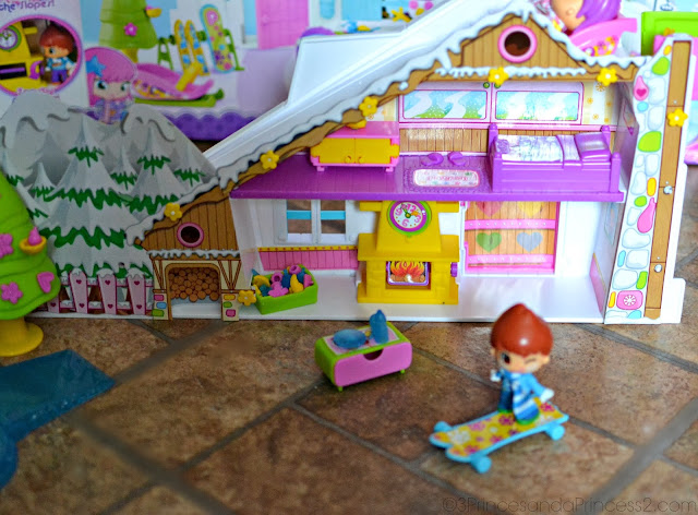 Ski Lodge Playset Review & Giveaway