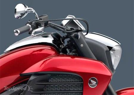 desain motor Honda Gold Wing 2015