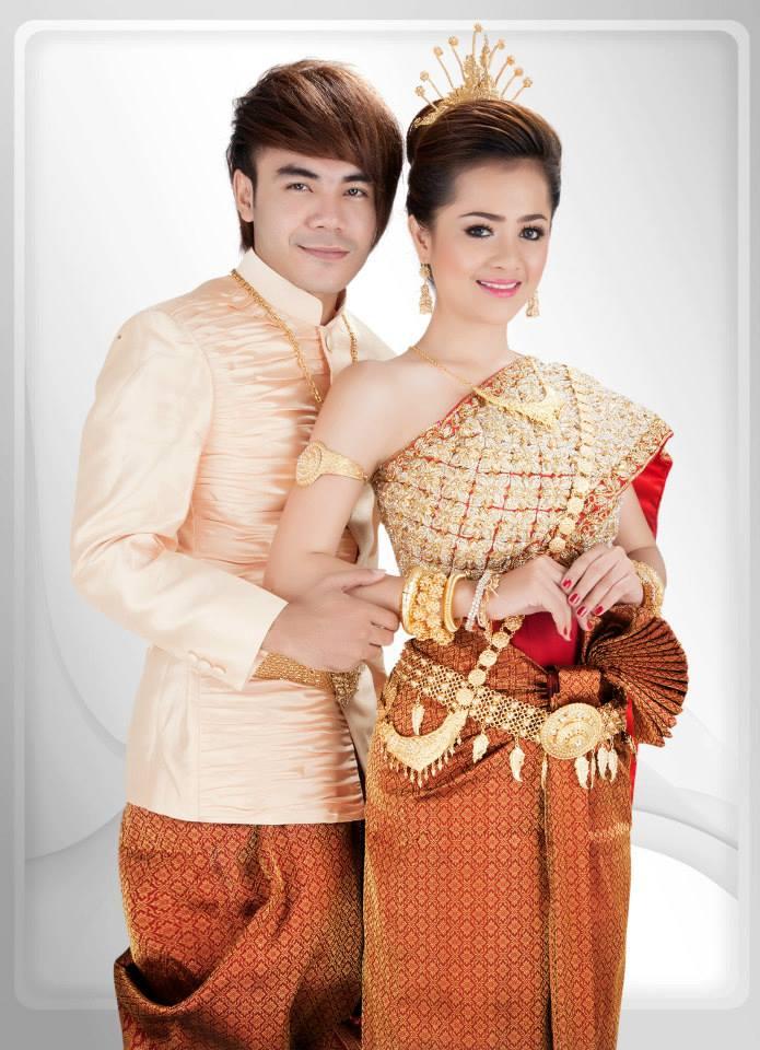 Aok Sokunkanha Amp Chhorn Sovannareach Wedding Dress Super