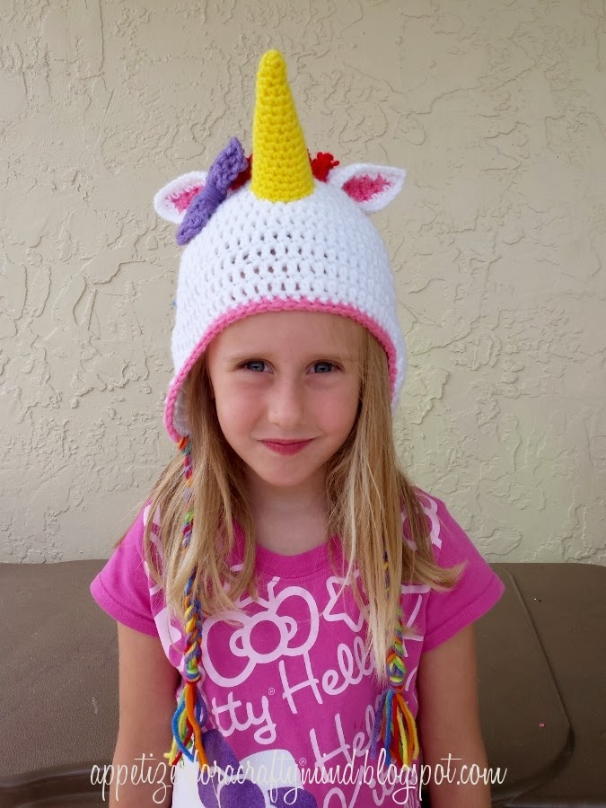 Free Crochet Pattern For Unicorn Hat : Appetizer for a Crafty Mind: Rainbow Crochet Unicorn Hat