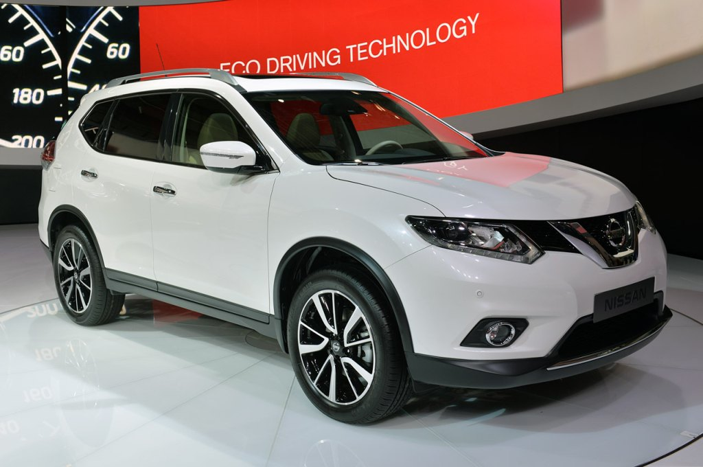 %2B2014 1 Pilih All New Nissan X Trail atau All New Honda CRV |2014
