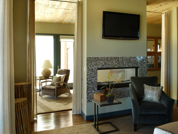 New Window Treatment Ideas From HGTV Dream Homes |Interior design room