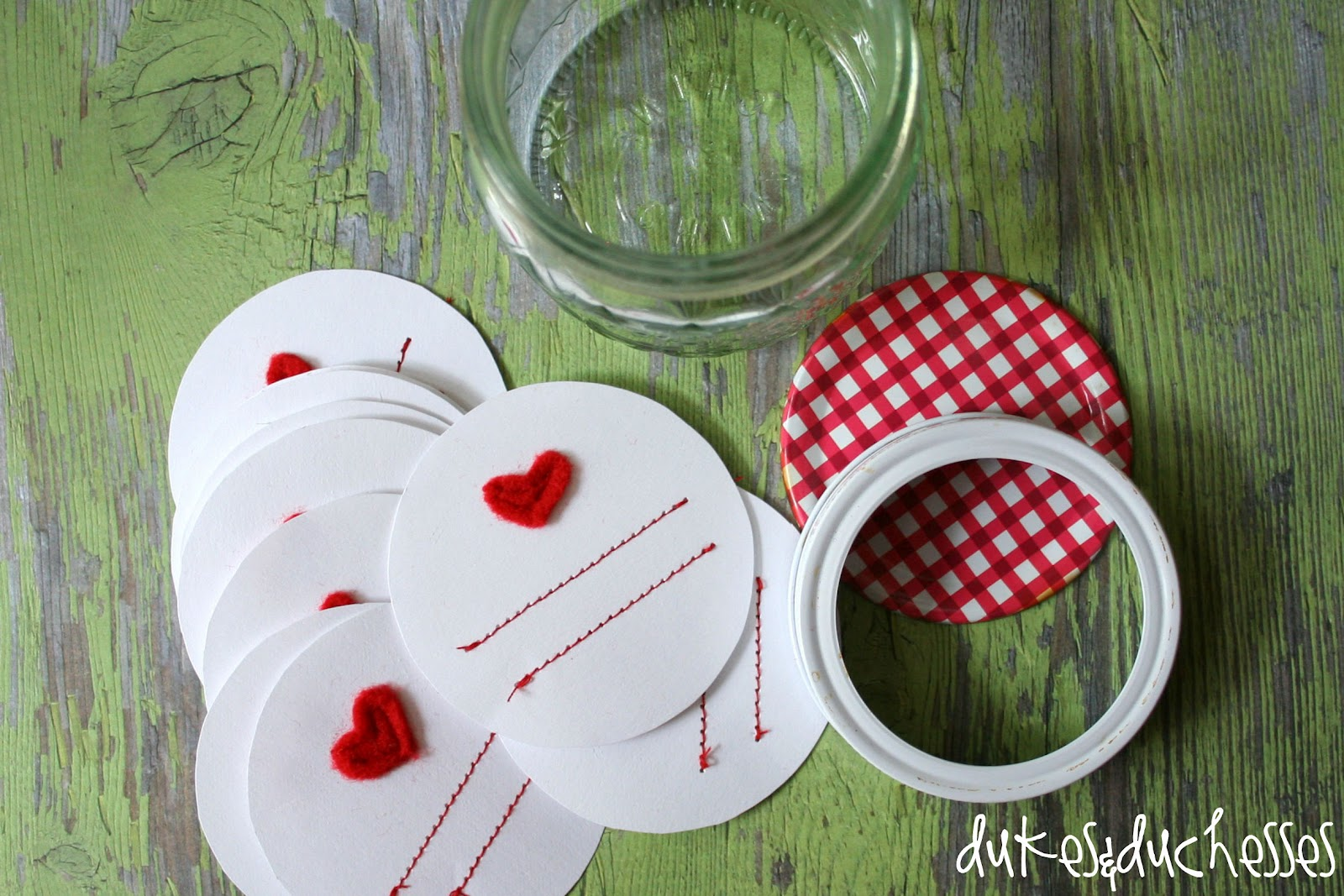 Homemade Gifts :: Stitched Mason Jar Labels - Dukes and Duchesses