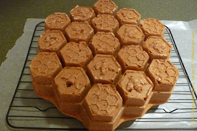 honeycomb pull apart cake cooling on rack image