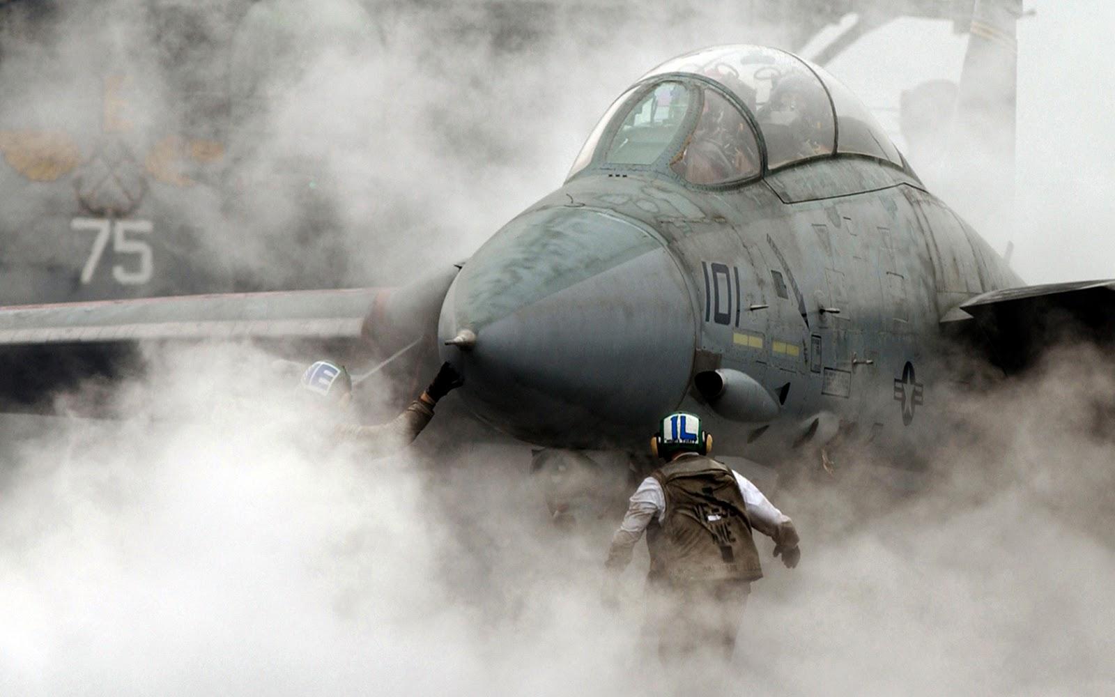 http://2.bp.blogspot.com/-qyMMGK5wrlU/UIfQRvqJw7I/AAAAAAAAIzM/h9O-JAfnfh8/s1600/aircraft_desktop_1680x1050_hd-wallpaper-853107.jpeg