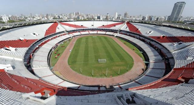 Estadios m s grandes de argentina megapost im genes for Puerta 20 estadio racing