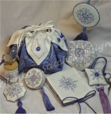 """Snowflakes Sewing Set"""