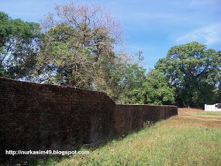 Benteng Sanrobone, Takalar, Indonesia, dibangun pada tahun 1515-1520.