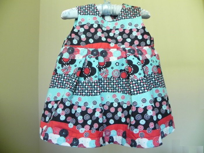 Baby Dress - Free Sewing Pattern and Tutorial | Sew Jereli