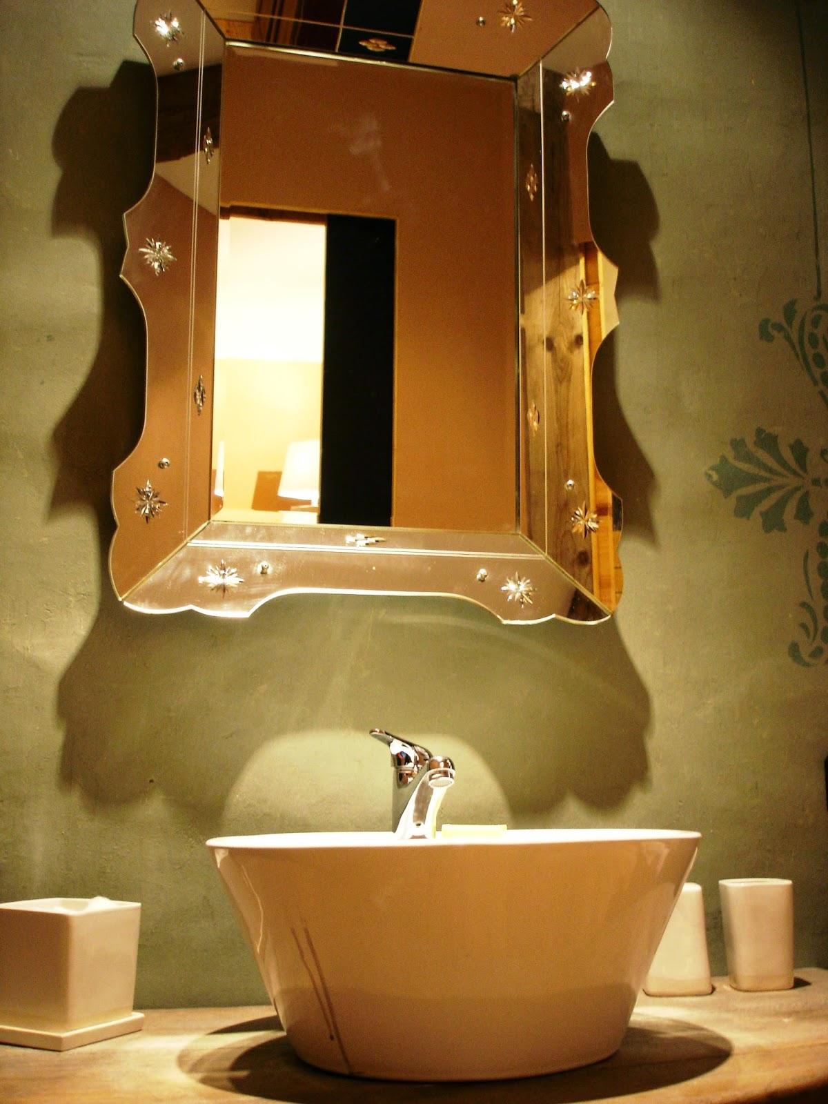 www.hotel-liege.be Salle de bain chambre Vue sur Cour