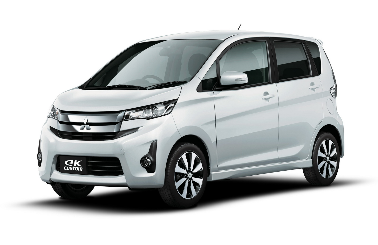 mitsubishi motors launches all new ek wagon ek custom