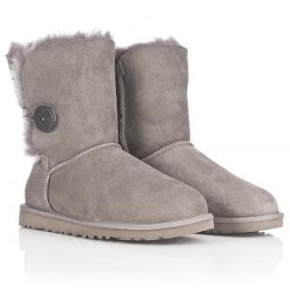 http://www.danielfootwear.com/ugg-australia-authorised-retailer-m45