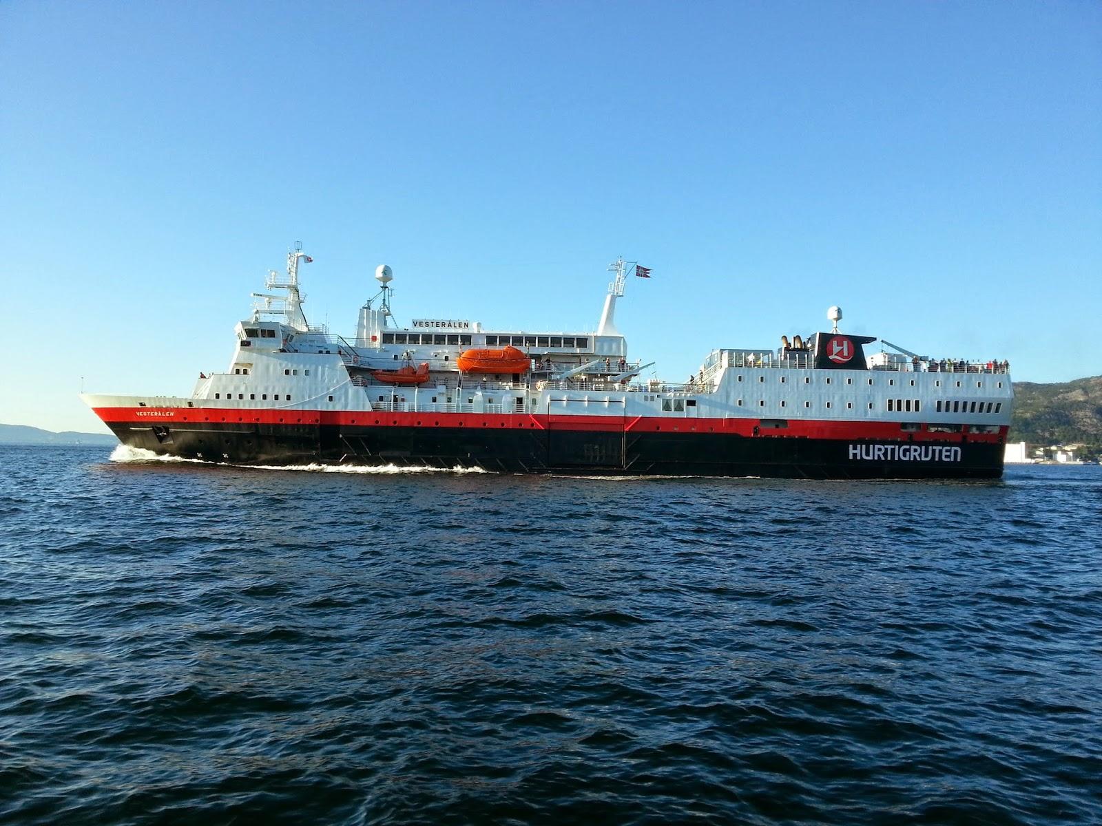 MS Vesterålen in Bergen