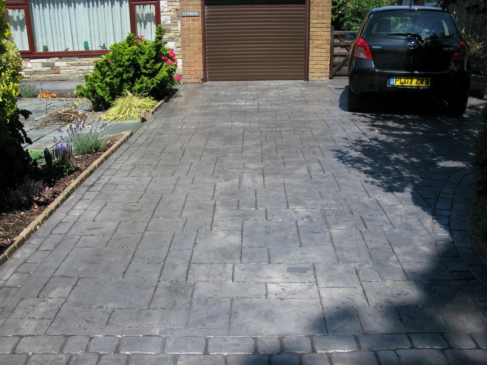 Northern cobblestone blog pattern imprinted concrete - Camino de piedras para jardin ...