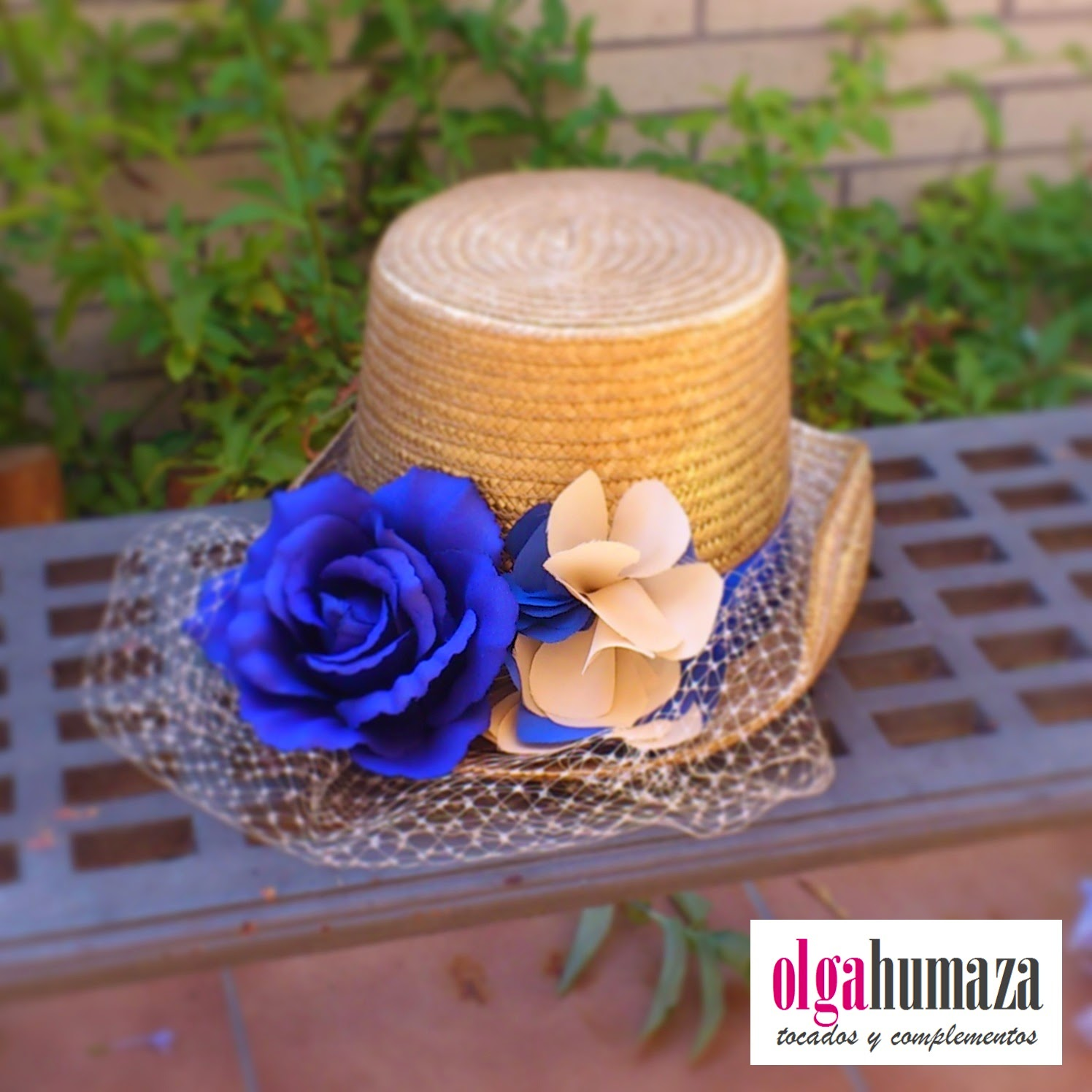 http://olgahumaza.blogspot.com.es/2014/08/b59-tocado-sombrero-copa-alta-chistera.html