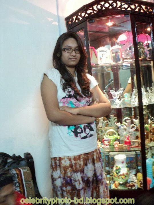 Dhaka+Girl+Homely+Made+Model+Photos017