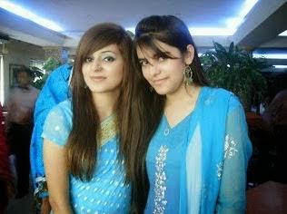 Bangladeshi+University+Girls+Hot+Photos001