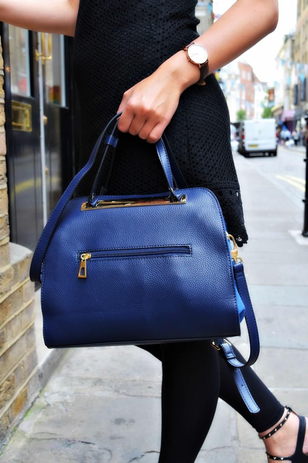 Handbag for DSLR camera