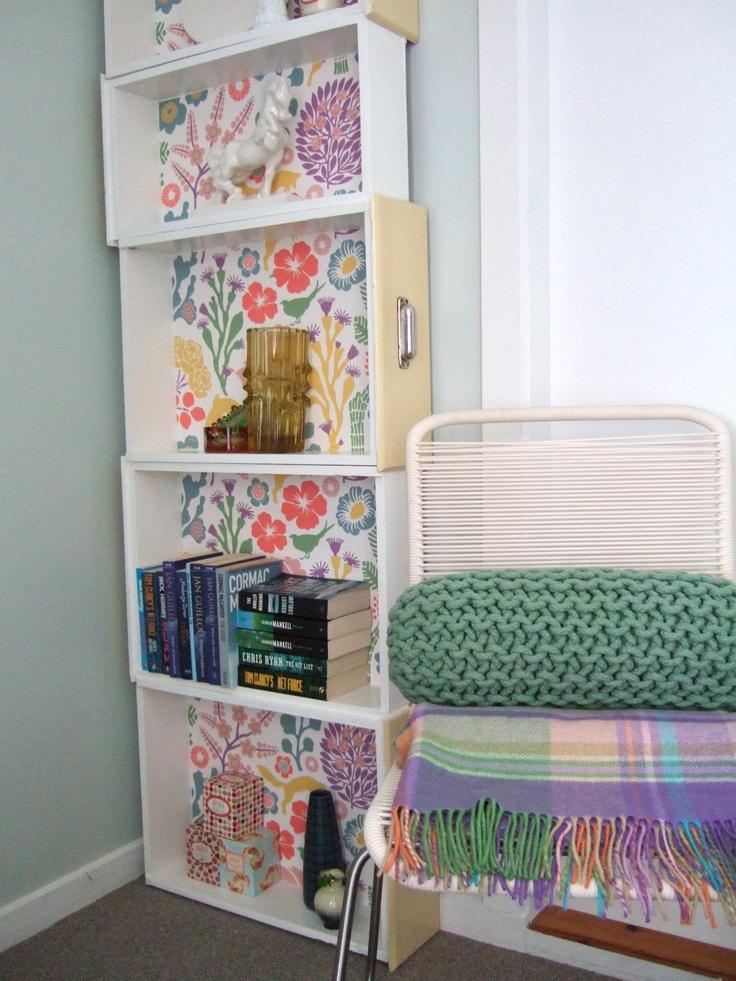 Diy convertir los cajones de la cocina en una estanter a for Bandejas decoracion salon