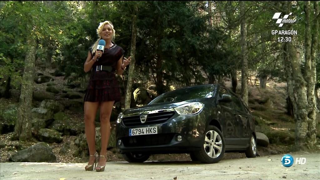 CAROLINA ALCAZAR, MAS QUE COCHES GT (29.09.12) (RESUBIDO)