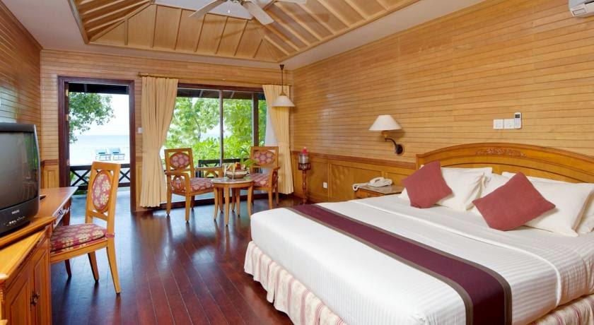Royal Island Resort & Spa Maldives