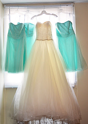 Wedding Dress & Bridesmaids Dresses