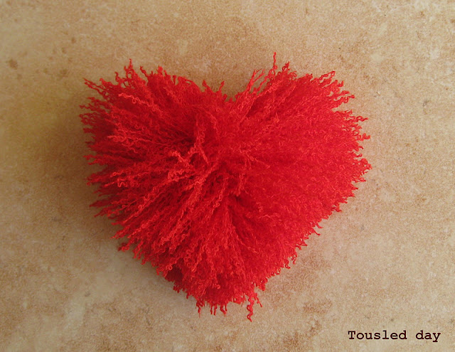 pom pom heart