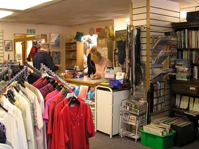 Online Dress Shops on But Some Women S Clothing Shops Are Too Expensive Despite The Trendy