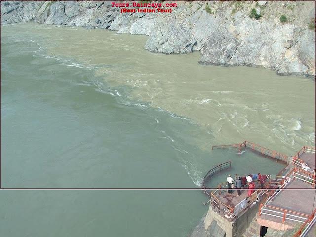 Holi River Ganag