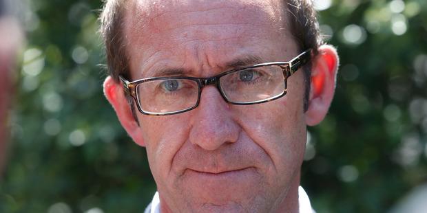 Australian senator to New Zealand : 'join us'