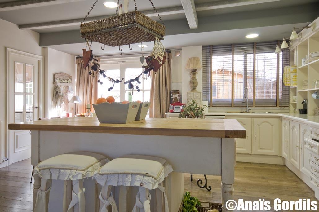 Ana s gordils fotografia d 39 interiors casa a sant cugat amb disseny i mobiliari de coton et bois - Mobles sant cugat ...