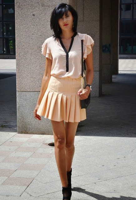 Espectaculares faldas cortas de temporada