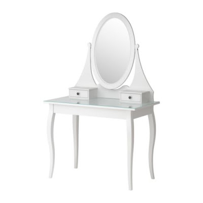 Queen lucii my diy budget vanity dressing table with ikea - Hemnes ikea dressing table ...