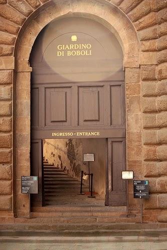Associazione italiana maria antonietta domenica 19 aprile for Palazzo pitti orari