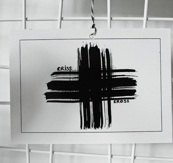 vykort kors, svarta och vita kort, vykort, vykorten, tryck, konsttryck, criss cross, handmålat, webshop, tavlor,