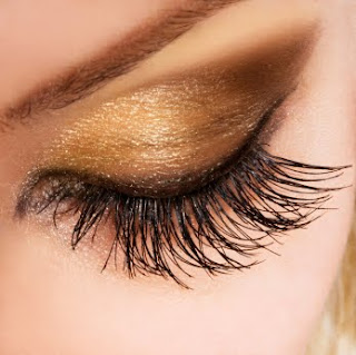 All About Eyelash Tinting
