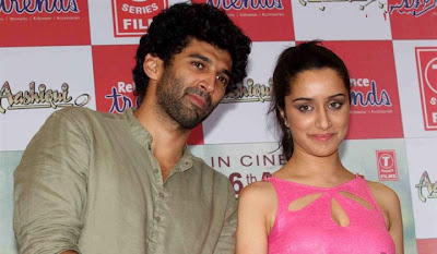 Aashiqui 2 Stars Stills at Rio Collection Launch