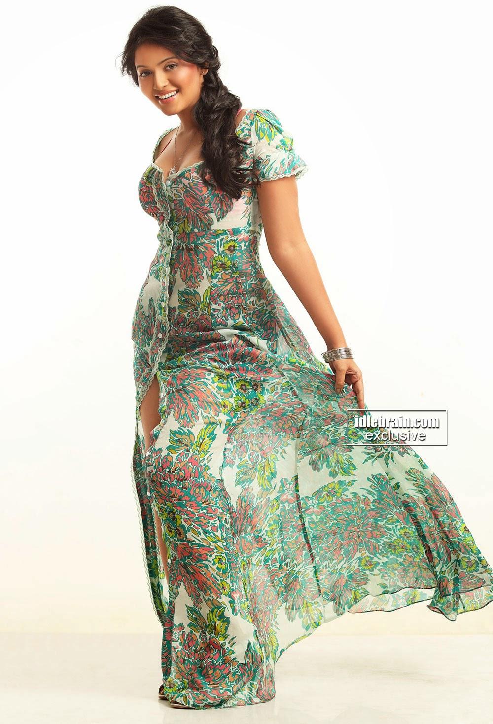 Anjali hot dress
