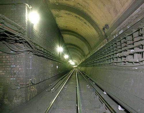 倫敦鬧鬼地鐵站 重新開放