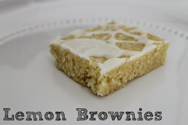 http://www.wonderfullymadebyleslie.com/2013/07/lemon-brownies.html
