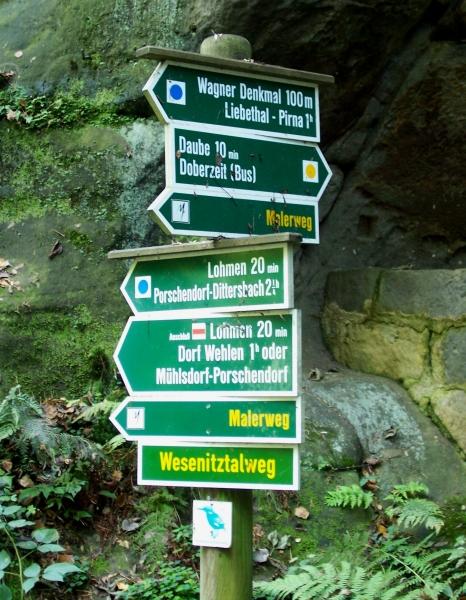 Das Richard-Wagner-Denkmal am Malerweg durch die Sächsische Schweiz