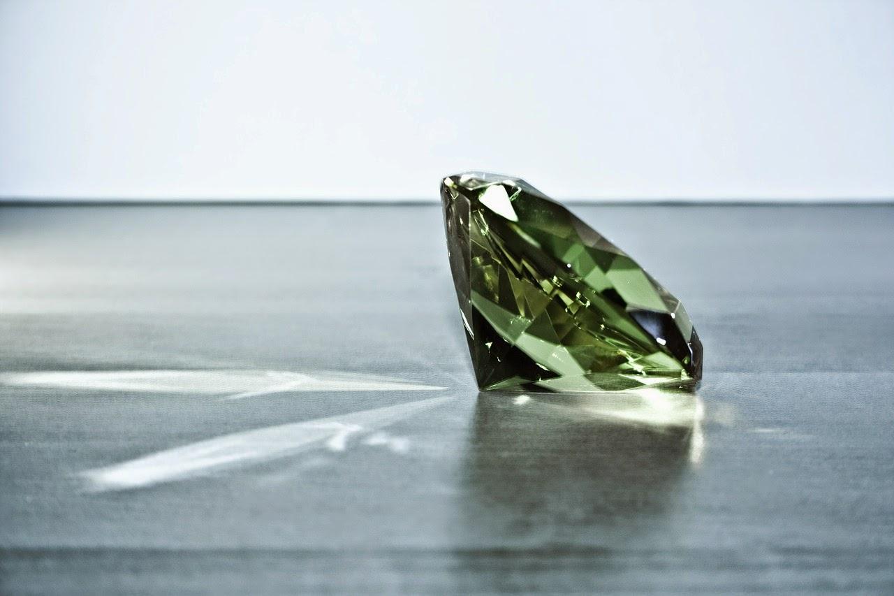 красив скъпоценен камък